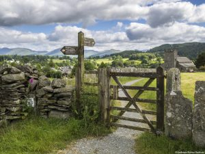 Footpath in Hawkshead, Lake District. (c) Visit Britain