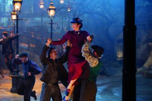 Emily Blunt is Mary Poppins in Dinsey's original musica MARY. POPPINS RETURNS