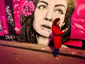 Graffiti of a woman's face, Bankside, London