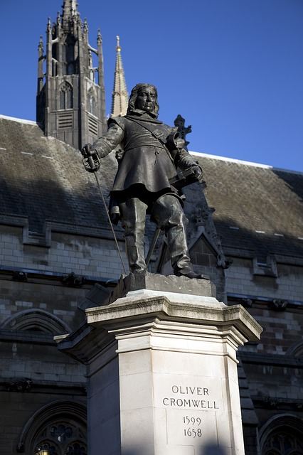 Bronze statue of Oliver Cromwell