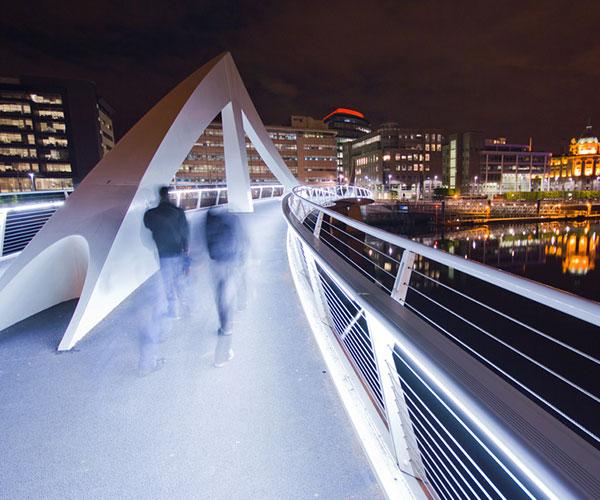 Glasgow city centre bridge by night
