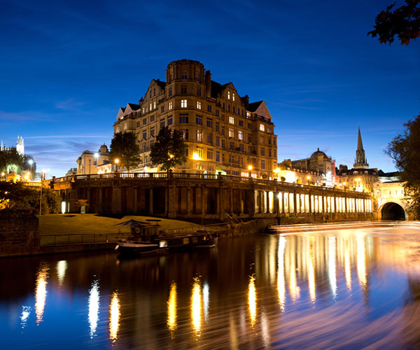 The city of Bath by night, Bath tour